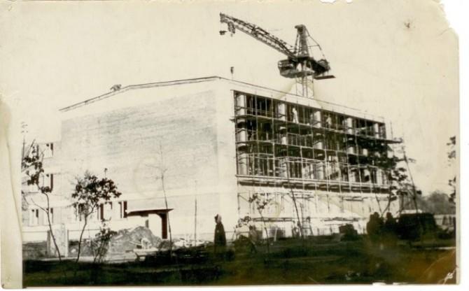 Строительство бассейна 1966г